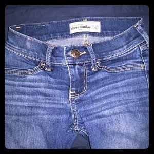 Abercrombie kids skinny jeans